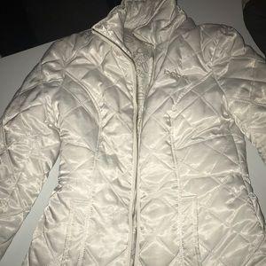 Bebe white winter jacket w/ pockets